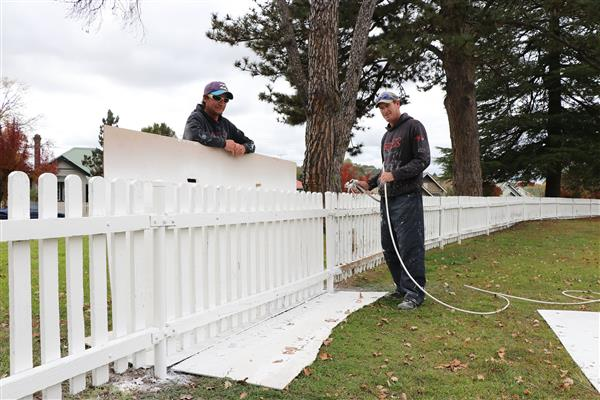 A fresh coat of paint for Lambert Park fence