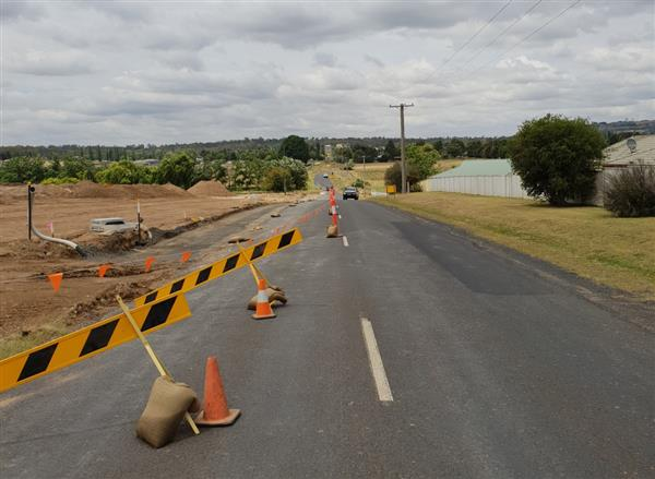 Cookes Road roadworks cropped